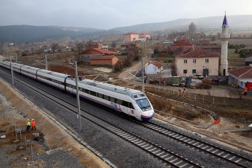 ...拉至伊斯坦布尔高速铁路二期主体工程1月17日完工,并全面开始了...图片 68157 500x333